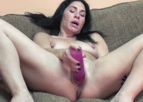image Exotic milf naomi shah is blowing a guy she just met