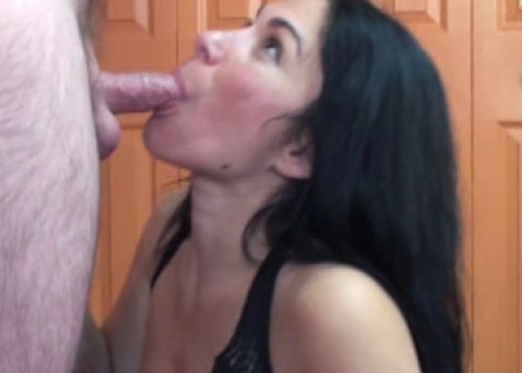 Mature slut Cleo swallows a stiff cock